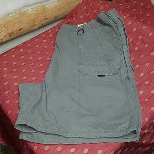 Wrangler cargo shorts NWT